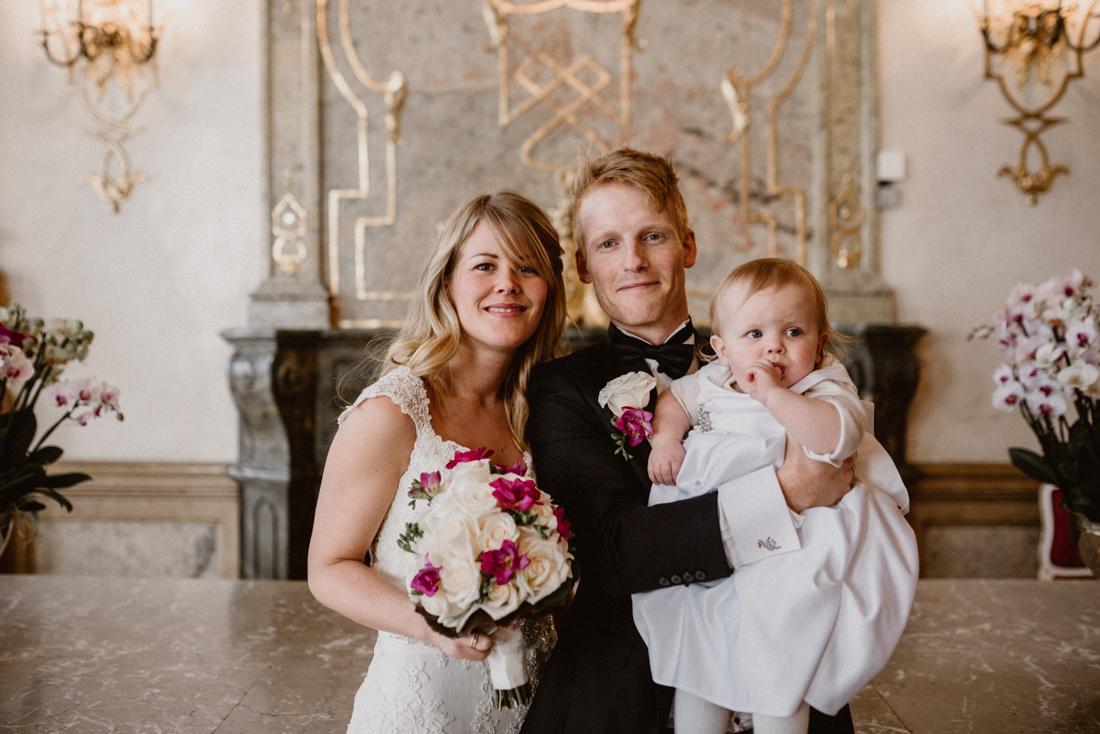 PhotographyS&S_Hochzeitsfotograf_Salzburg_Mirabell_Tina-and-Henrik_ (105 von 296)