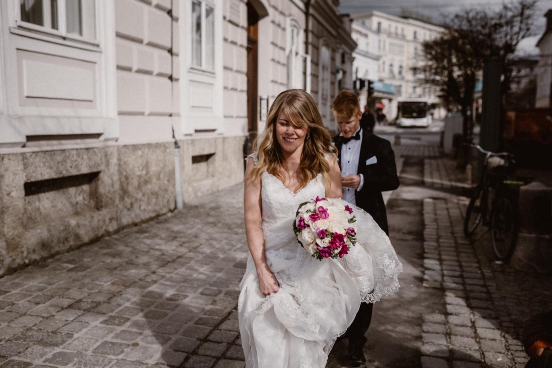 PhotographyS&S_Hochzeitsfotograf_Salzburg_Mirabell_Tina-and-Henrik_ (187 von 296)