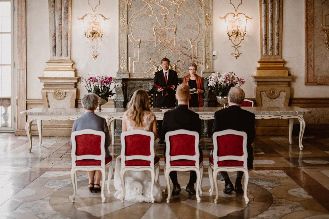 PhotographyS&S_Hochzeitsfotograf_Salzburg_Mirabell_Tina-and-Henrik_ (50 von 296)
